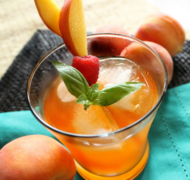 Fashion Week Inspired Cocktails  - Peach Nectarine
