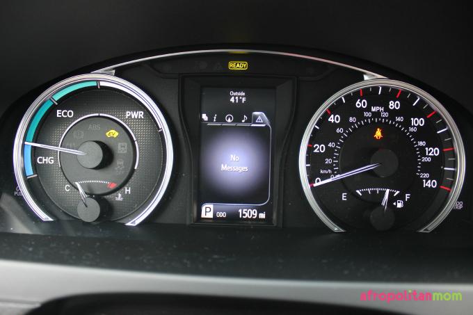 2015 Toyota Camry Hybrid SE Gauge Screen