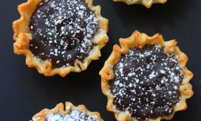 Black Beans and Coconut Tarts - Frejon
