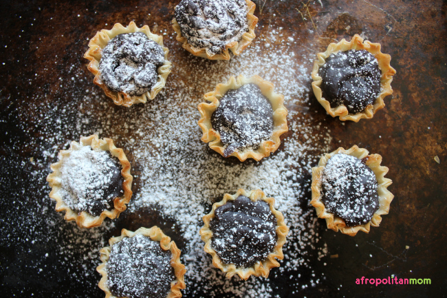 Black Beans and Coconut Tarts - Frejon - Frejol Colado