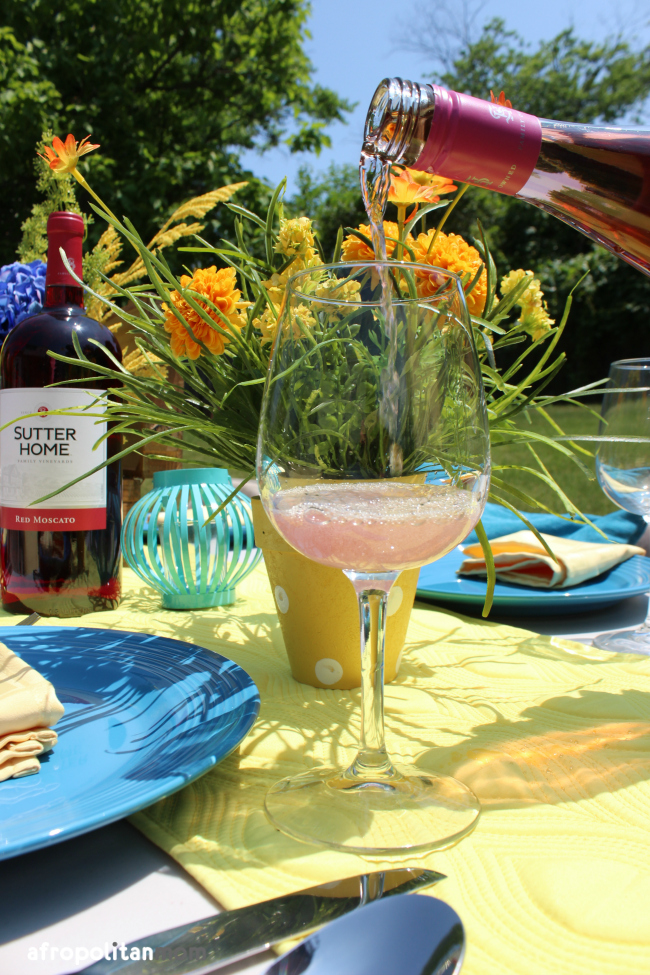 Bright Summer Dinner Party Ideas and Tips