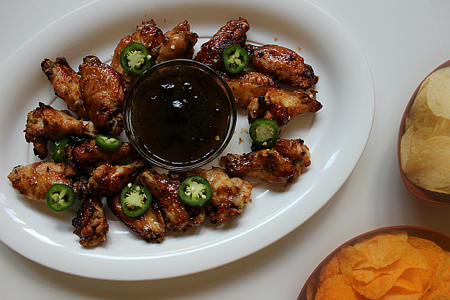 Easy Sweet and Spicy Jalapeño Chicken Wings