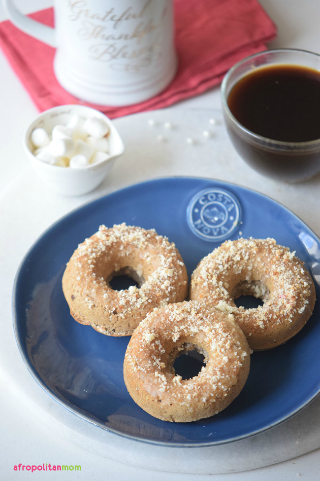 baked-coffee-cake-donuts-with-crumb-toppings