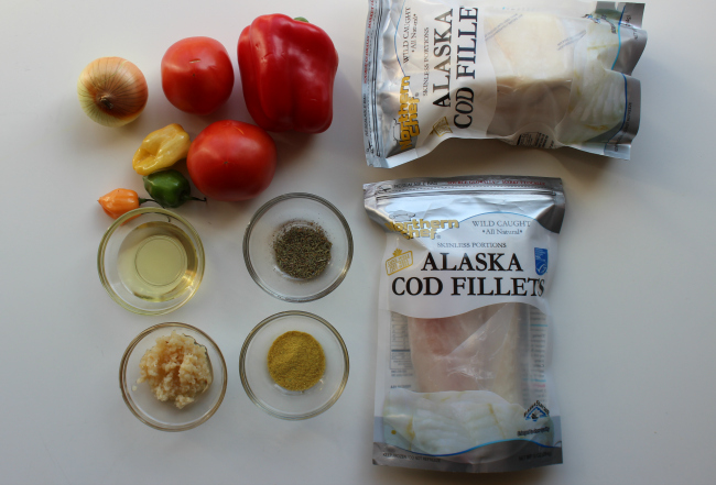 Wild Alaska Cod Fillet in Spicy Tomato Sauce ingredients