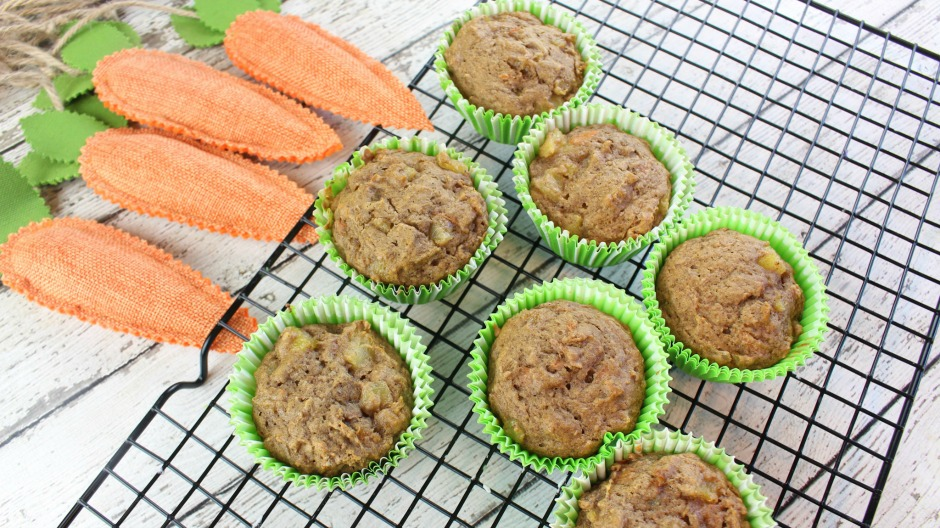 paleo carrot cake muffins recipe