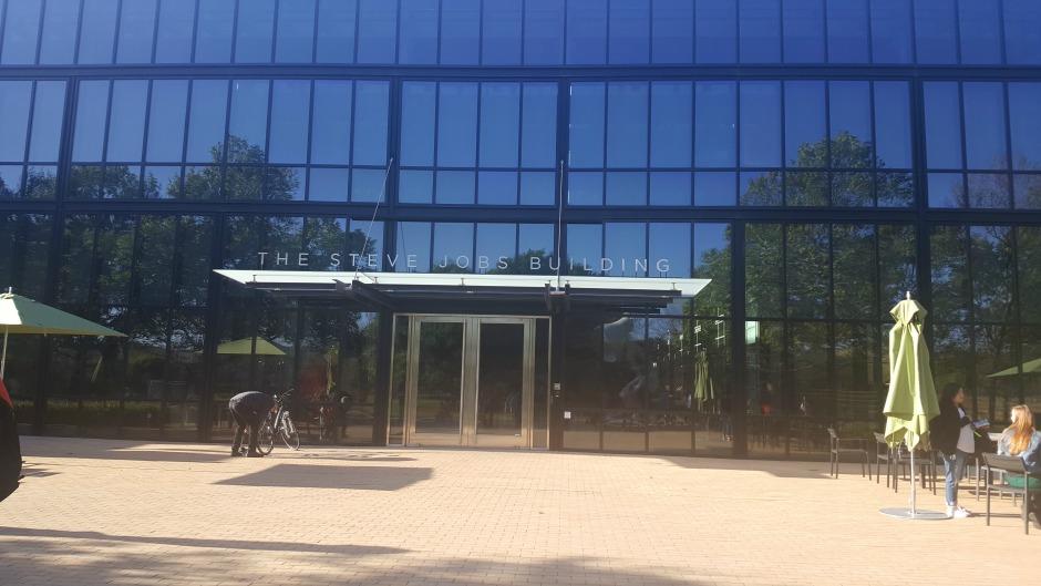 Pixar Animation Studios - The Steve Jobs Building
