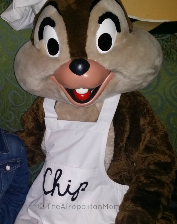 Character Dinning at Disneyland - Goofy's Kitchen - Chip