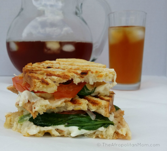 Easy Chicken Mozzarella & Spinach Panini #cbias #TEArifficPairs