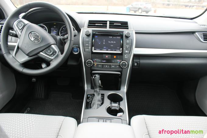 2015 Toyota Camry Hybrid SE Interior