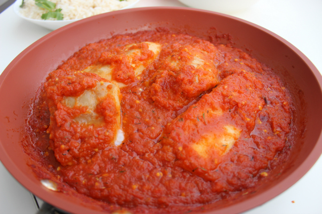 30 minutes Cod Fillet in Spicy Tomato Sauce