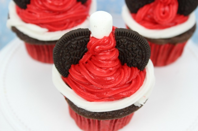 Easy Mickey Mouse Santa Hat Cupcakes