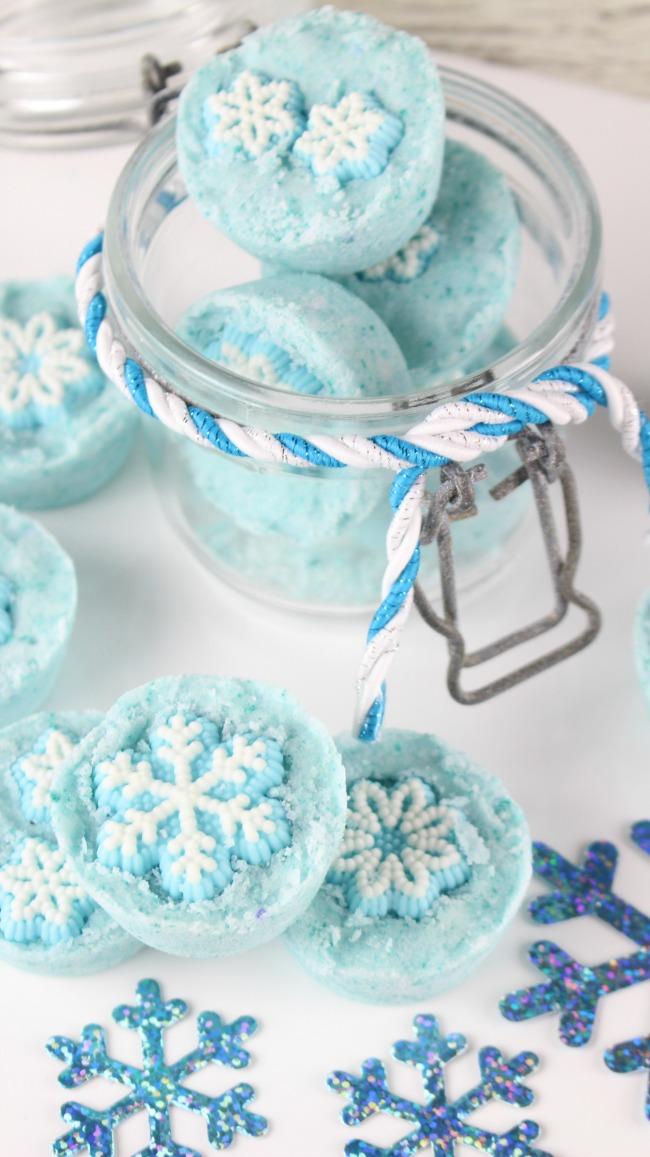 snowflake bath bomb diy