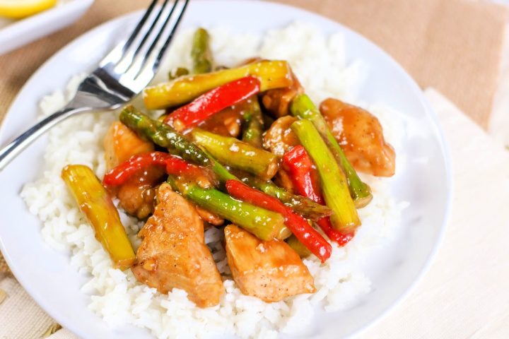Easy Chicken and Asparagus Stir-fry