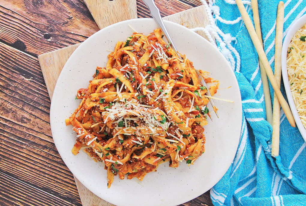 Easy Instant Pot Pasta with Meat Sauce